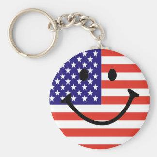 Cara sonriente patriótica llavero redondo tipo pin