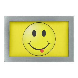 Cara sonriente tonta hebillas cinturon rectangulares