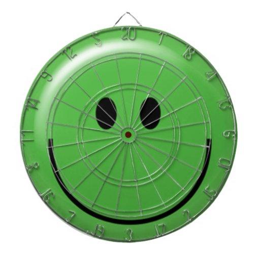 Cara sonriente verde feliz