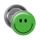 Cara sonriente verde feliz pin redondo de 2 pulgadas