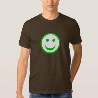 Cara sonriente verde y blanca playera