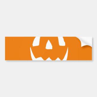 Cara tallada de la calabaza de Halloween Pegatina De Parachoque