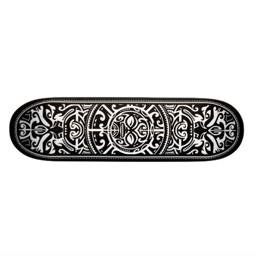 Cara tribal polinesia blanco y negro patines