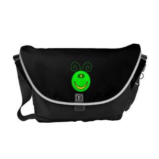 Cara verde del monstruo de los Cyclops Bolsas De Mensajería