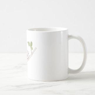 Caracol en el miembro taza básica blanca