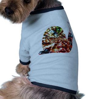Caracol exótico - energía cósmica roja chispeante camiseta con mangas para perro