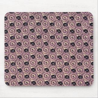 Caracoles y púrpura de color de malva de las alfombrillas de raton