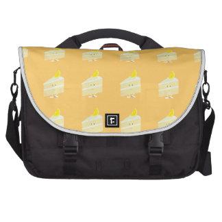 Carácter de la rebanada de la torta del limón bolsas de portatil