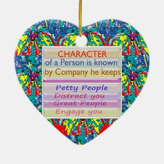 Carácter de una persona… adorno de cerámica en forma de corazón