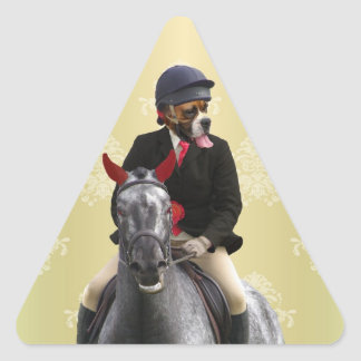 Carácter divertido del jinete del caballo pegatina triangular