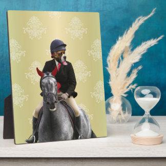 Carácter divertido del jinete del caballo placas de madera