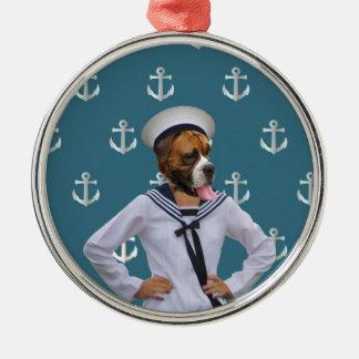 Carácter divertido del perro del marinero adorno navideño redondo de metal