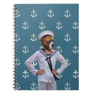 Carácter divertido del perro del marinero libro de apuntes