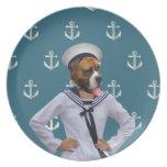 Carácter divertido del perro del marinero plato para fiesta