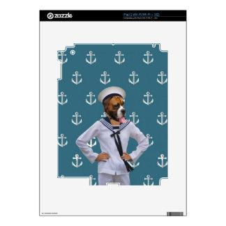 Carácter divertido del perro del marinero skins para iPad 2