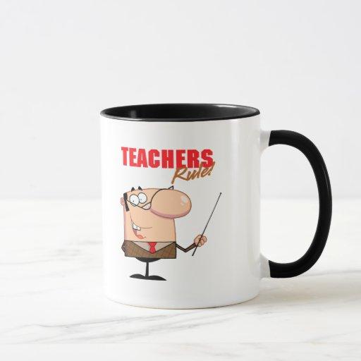 carácter masculino del profesor de la regla de los taza