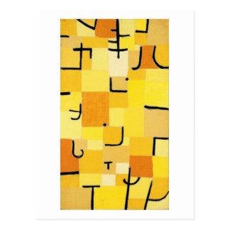 Caracteres en amarillo de Paul Klee Tarjeta Postal
