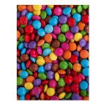 Caramelo de chocolate colorido postal
