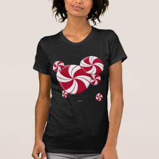 Caramelo de la raya del remolino de la hierbabuena camisetas