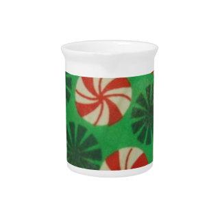 Caramelo del remolino de la hierbabuena jarras