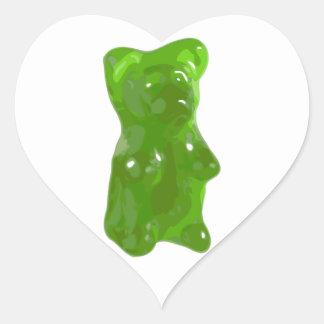 Caramelo gomoso verde del oso pegatina en forma de corazón