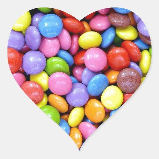 Caramelos coloridos pegatina en forma de corazón