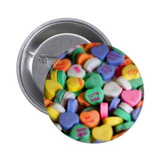 Caramelos del corazón pin redondo de 2 pulgadas