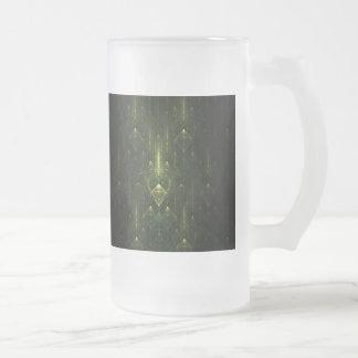 Caras oscuras del verde esmeralda. Fractal Art. Taza De Cristal