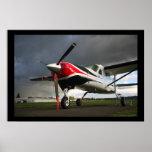 Caravana magnífica de Cessna 208 Posters