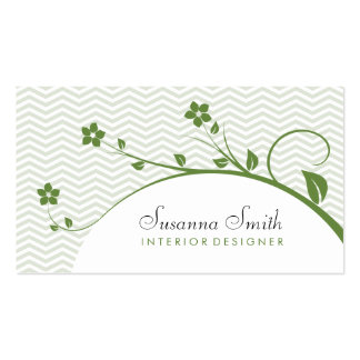 Card of group with green flowers and chevrón business card template
