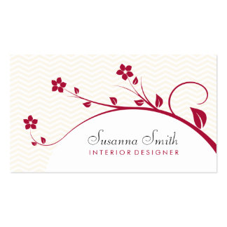 Card of group with red flowers and chevrón business card template