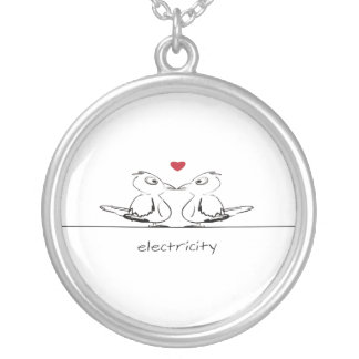 card two birds round pendant necklace