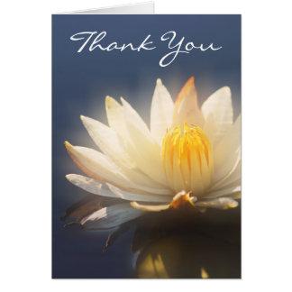 Carda la plantilla - lillies blancos adaptables tarjeta de felicitación