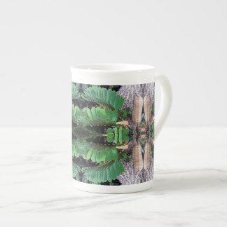 Cardboard Palm Pattern Tea Cup