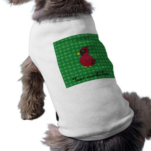 Cardenal del brillo con golpeteo verde de los árbo camisetas de perro