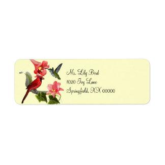 Cardenal y colibrí con los lirios y la hiedra rosa etiquetas de remite