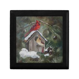 Cardenales en el Birdhouse Nevado Caja De Regalo