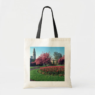 Cardiff City Hall From Alexandra Gardens flowers Bags