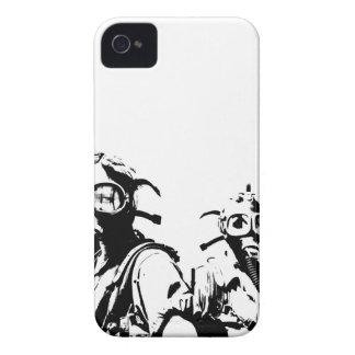 Caretas antigás en negro Case-Mate iPhone 4 cárcasas