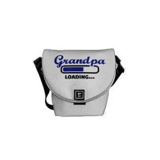 Cargamento del abuelo bolsas de mensajería