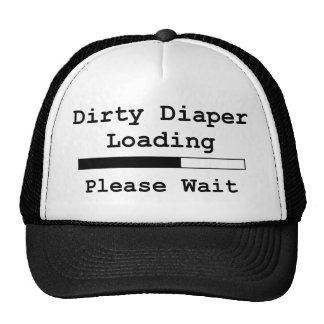 Cargamento sucio del pañal… Espere por favor Gorras De Camionero