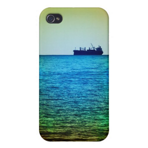 Cargo ship on the horizon iPhone 4/4S cover