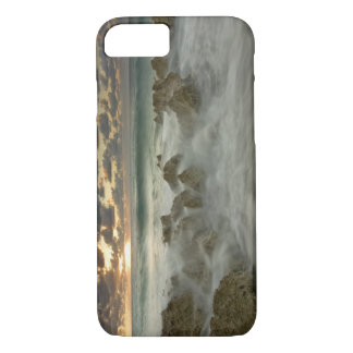 Caribbean Sea, Cayman Islands.  Crashing waves 3 iPhone 8/7 Case