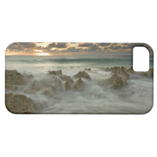 Caribbean Sea, Cayman Islands.  Crashing waves 3 iPhone SE/5/5s Case
