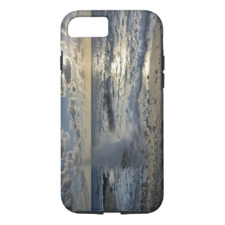 Caribbean Sea, Cayman Islands.  Crashing waves iPhone 8/7 Case