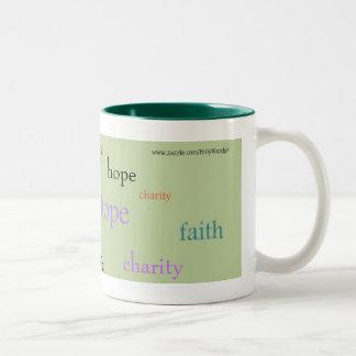 Caridad de la esperanza de la fe taza de café de dos colores