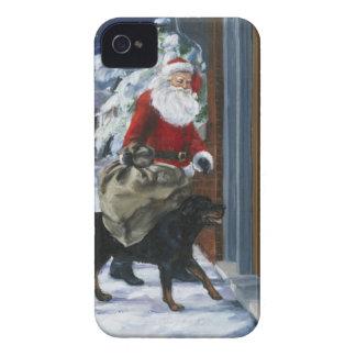 Carl que ayuda a Papá Noel de Carl s Christmas b iPhone 4 Case-Mate Coberturas