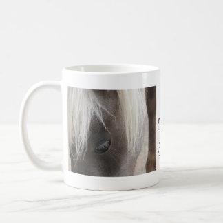 Carley, mini potra bonita taza básica blanca