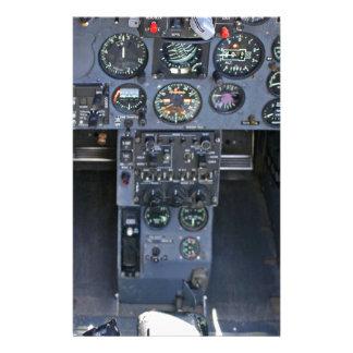 Carlinga del avión de combate papelería