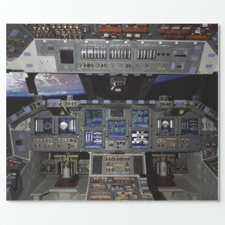 Carlinga del transbordador espacial papel de regalo